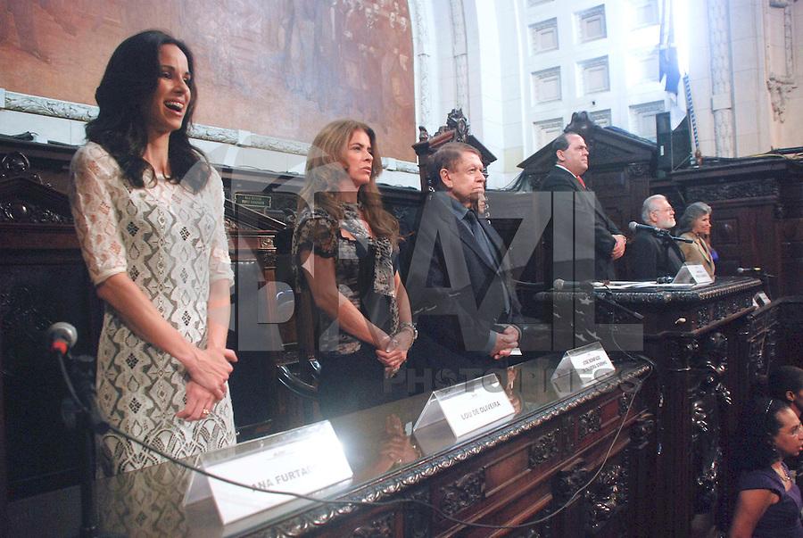 RIO DE JANEIRO, BRASIL, 26 DE OUTUBRO 2011 - Boni, um dos altos executivos da Rede Globo, recebeu a Medalha Tiradentes, honraria máxima do estado do Rio de Janeiro, concedida pela Alerj (Assembleia Legislativa do Estado do Rio de Janeiro), na noite de hoje, 26/10, para pessoas que se destacaram em suas áreas de atuação no Rio de Janeiro. FOTO de MAURO PIMENTEL/NEWS FREE.