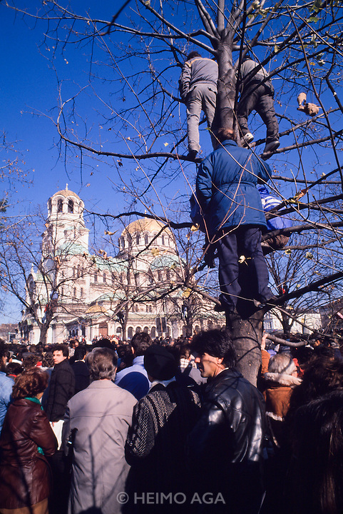 November 18, 1989. Sofia, Bulgaria. Anti-Communist demo in front of Alexander Nevski cathedral. (Photo Heimo Aga)