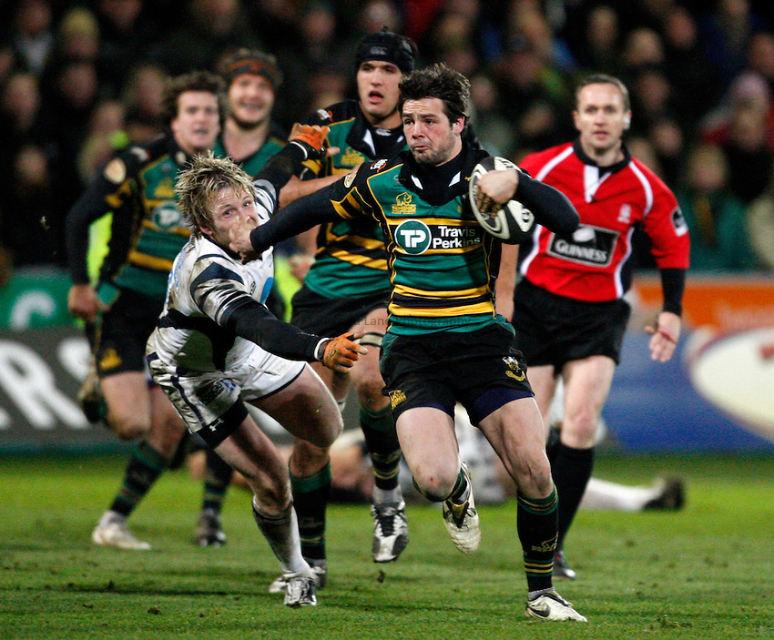 Photo: Richard Lane/Richard Lane Photography. Northampton Saints v Bristol Rugby. Guinness Premiership. 03/01/2009. Saints' Ben Foden breaks for his try.