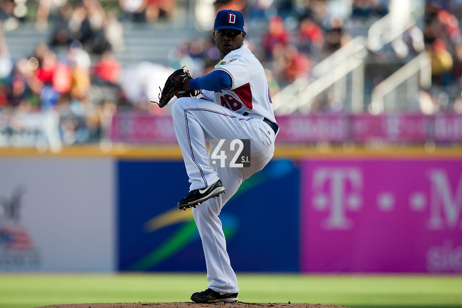 8 March 2009: #46 Johnny Cueto of Dominican Republic pitches against Panama during the 2009 World Baseball Classic Pool D match at Hiram Bithorn Stadium in San Juan, Puerto Rico. Dominican Republic wins 9-0 over Panama.