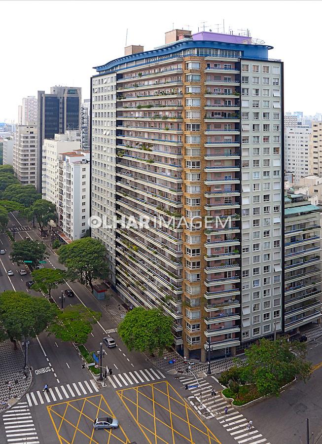 Edificio Planalto na Rua Dona Maria Paula. Sao Paulo. 2015. Foto de Juca Martins.