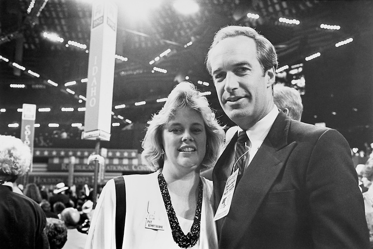Candidate Sen. Dirk Arthur Kempthorne, R-Idaho, with his wife Patricia Kempthorne. August 1992 (Photo by Laura Patterson/CQ Roll Call)