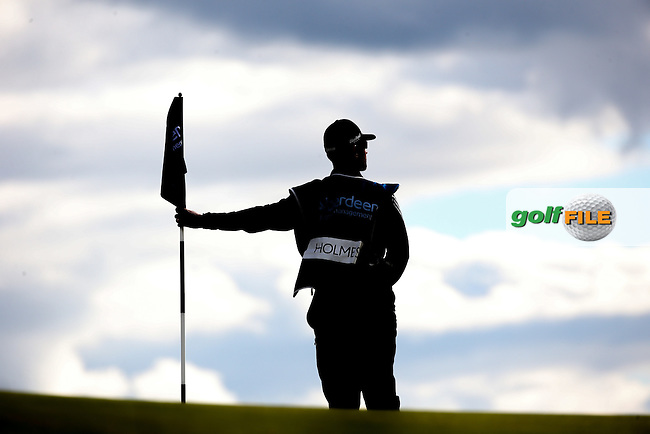 Caddie JB Holmes (USA) during Round Two of the 2016 Aberdeen Asset Management Scottish Open, played at Castle Stuart Golf Club, Inverness, Scotland. 08/07/2016. Picture: David Lloyd | Golffile.<br /> <br /> All photos usage must carry mandatory copyright credit (&copy; Golffile | David Lloyd)