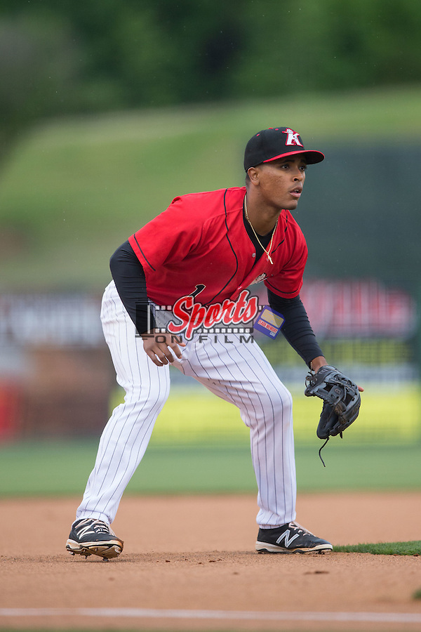 Kannapolis Intimidators third baseman Dante Flores (1) on defense against the Hagerstown Suns at Kannapolis Intimidators Stadium on May 5, 2016 in Kannapolis, North Carolina.  The Suns defeated the Intimidators 7-0.  (Brian Westerholt/Four Seam Images)