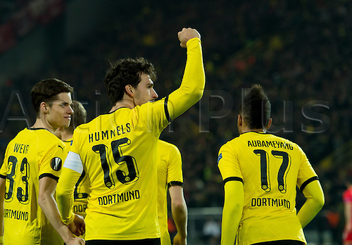 07.04.2016. Dortmund, Germany. Europa League quarterfinal. Borussia Dortmund versus Liverpool FC at the Signal Iduna Park Dortmund.  Mats HUMMELS (BVB)  celebrates his goal for 1:1