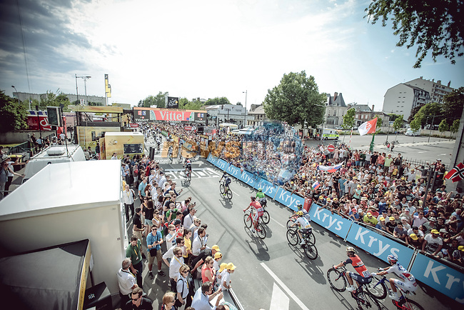 The peloton cross the finish line of Stage 6 of the 104th edition of the Tour de France 2017, running 216km from Vesoul to Troyes, France. 6th July 2017.<br /> Picture: ASO/Thomas Maheux | Cyclefile<br /> <br /> <br /> All photos usage must carry mandatory copyright credit (&copy; Cyclefile | ASO/Thomas Maheux)