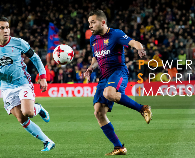 Jordi Alba Ramos (R) of FC Barcelona competes for the ball with Hugo Mallo Novegil of RC Celta de Vigo during the Copa Del Rey 2017-18 Round of 16 (2nd leg) match between FC Barcelona and RC Celta de Vigo at Camp Nou on 11 January 2018 in Barcelona, Spain. Photo by Vicens Gimenez / Power Sport Images