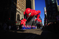 USA, NEW YORK, November 24, 2011.A spiderman balloon floats on Times Square while American celebrated the Macy's Thanksgiving day parade in New York, November 24,2011. VIEWpress / Eduardo Munoz Alvarez..The Macy's parade is considered by many to be the official start of the holiday season. Balloons, bands and dignitaries trooped through midtown Manhattan Thursday morning for the 85th annual Macy's Thanksgiving Day Parade. Media Reported.