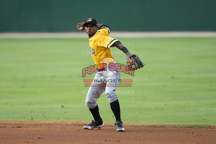 West Virginia Power second baseman Pablo Reyes (15) makes a throw to first base against the Kannapolis Intimidators at Intimidators Stadium on July 2, 2015 in Kannapolis, North Carolina.  The Power defeated the Intimidators 5-1.  (Brian Westerholt/Four Seam Images)