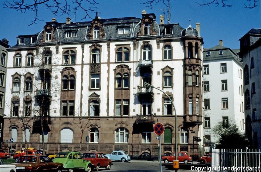 Frankfurt: Apartment house, circa 1900. West end. Photo '87.