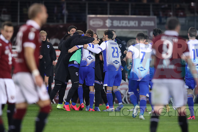 Gaston Ramirez of Sampdoria celebrates with team mates after scoring to level the game at 1-1 during the Serie A match at Stadio Grande Torino, Turin. Picture date: 8th February 2020. Picture credit should read: Jonathan Moscrop/Sportimage
