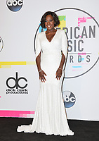 Viola Davis at the 2017 American Music Awards at the Microsoft Theatre LA Live, Los Angeles, USA 19 Nov. 2017<br /> Picture: Paul Smith/Featureflash/SilverHub 0208 004 5359 sales@silverhubmedia.com