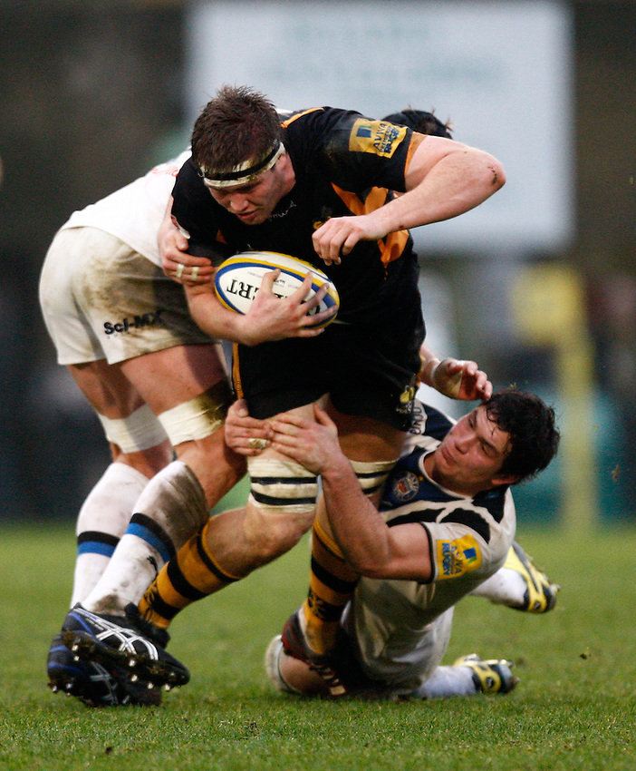 Photo: Richard Lane/Richard Lane Photography. London Wasps v Bath Rugby. 06/01/2013. Wasps' James Cannon attacks.