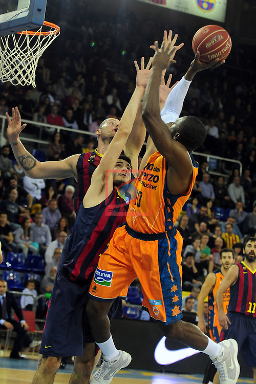 League ACB-Endesa 2014/2015 - Game: 07.<br /> FC Barcelona vs Valencia Basket Club: 76-57.<br /> Lampe, Abrines &amp; Sato.