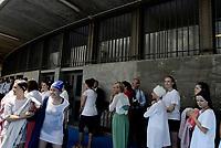Roma, 15 Luglio 2017<br /> Giovani ragazze in attesa del Battesimo<br /> Congresso dei Testimoni di Geova con Battesimi presso il PalaLottomatica