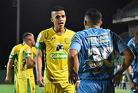 MONTERIA - COLOMBIA, 06-08-2018: Claider Alzate (Der) jugador de Jaguares de Córdoba discute con Jonathan Marulanda jugador de Leones F.C. durante partido por la fecha 3 de la Liga Águila II 2018 jugado en el estadio Municipal de Montería. / Cleider Alzate (R) player of Jaguares of Cordoba discusses with Jonathan Marulanda player of Leones F.C. during a match for the date 3 of the Liga Aguila II 2018 at the Municipal de Monteria Stadium in Monteria city. Photo: VizzorImage / Andres Felipe Lopez / Cont
