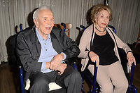 Kirk Douglas, Anne Douglas<br />