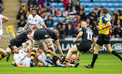 1st October 2017, Ricoh Arena, Coventry, England; Aviva Premiership rugby, Wasps versus Bath Rugby;  Jake Cooper-Woolley (Wasps) ate the base of a ruck