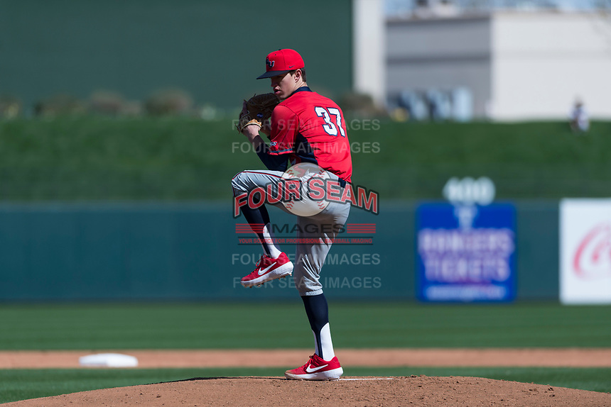 Gonzaga Bulldogs starting pitcher Alek Jacob (37) delivers a pitch during a game against the Oregon State Beavers on February 16, 2019 at Surprise Stadium in Surprise, Arizona. Oregon State defeated Gonzaga 9-3. (Zachary Lucy/Four Seam Images)