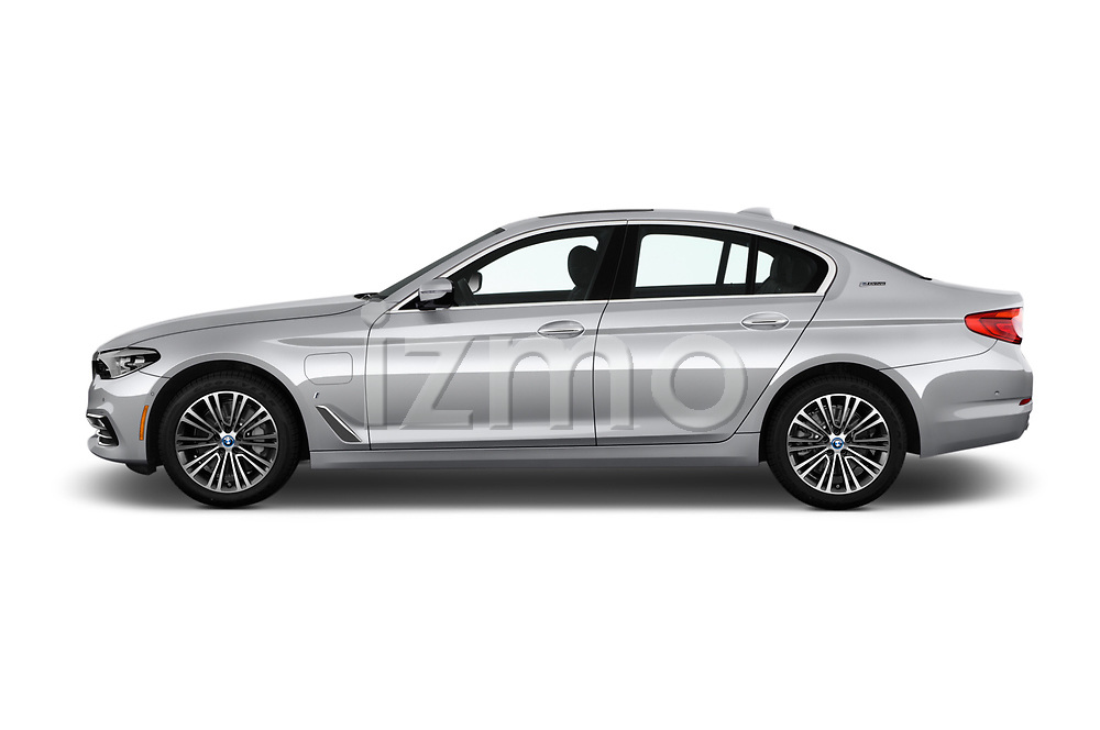 Car driver side profile view of a 2018 BMW 5 Series 530e iPerformance 4 Door Sedan