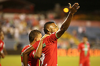 TULUA -COLOMBIA, 09-06-2016: Miguel Borja (Der) jugador de Cortulua celebra después de anotar un gol a Independiente Medellín durante partido de ida por los cuadrangulares finales de la Liga Aguila I 2016 jugado en el estadio 12 de Octubre de la ciudad de Tulua./ Miguel Borja (R) player of Cortulua celebrates after scoring a goal to Independiente Medellin during second leg match of the finals quadrangular  of the Aguila League I 2016 played at 12 de Octubre stadium in Tulua city. Photo: VizzorImage / Juan C Quintero /Str