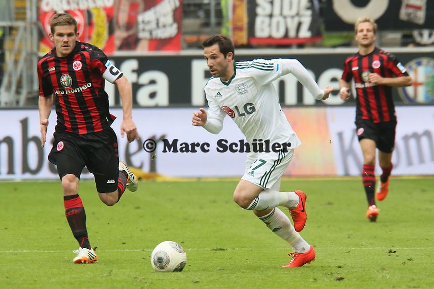 Gonzalo Castro (Bayer) gegen Sebastian Jung (Eintracht) - Eintracht Frankfurt vs. Bayer Leverkusen, Commerzbank Arena