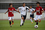 (L to R) Chika Kato  (Reds Ladies), Emi Nakajima (INAC), Natsuki Kiahikawa (Reds Ladies),<br /> AUGUST 17,2014 - Football / Soccer : 2014 Nadeshiko League, between Urawa Reds Ladies 0-1 INAC KOBE LEONESSA at Urawakomaba Stadium, Saitama, Japan. (Photo by Jun Tsukida/AFLO SPORT)