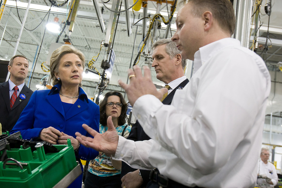 Slug: GM Powertrain Clinton Visiti.Date: 02/ 11 / 2008.Photographer: Mark Finkenstaedt.Location:  GM Transmission. White Marsh, MD.Caption: Senator Hillary Clinton visits the GM Powertrain Baltimore Transmission Plant in White Marsh, Maryland....© 2007 Mark Finkenstaedt. All Rights Reserved. For Heart Turth PR and Media use.. No Annual Report,  Paid placement or editorial use. No transfers or loans. .For additional use call the photographer.2022582613.mark@mfpix.com