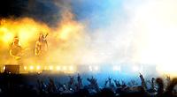 """With Full Force XVI Festival Open Air - Roitzschjora / Löbnitz bei Leipzig - 40.000 metal heads join the biggest metal festival in eastern germany - ca 40.000 Besucher sind zur alljährlichen Ohrenmassage auf dem Segelflugplatz erschienen- im Bild: Die schwedische Wikinger-Deathmetalband """"Amon Amarth"""". Düstere Sturmhymnen gepaart mit feuriger Show . Foto: Norman Rembarz.."""