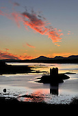 While some of the country had a covering of snow, the evening skies over the Loch Linnhe and the Firth of Lorn on the Scottish west coast produced a glowing backdrop to Castle Stalker (picture taken from just above Port Appin) - Picture by Donald MacLeod 09.01.11 - mobile 07702 319 738 - clanmacleod@btinternet.com