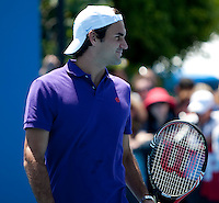 Roger Federer on the practice court at Melbourne Park..International Tennis - Australian Open Tennis - Sunday 24  Jan 2010 - Melbourne Park - Melbourne - Australia ..© Frey - AMN Images, 1st Floor, Barry House, 20-22 Worple Road, London, SW19 4DH.Tel - +44 20 8947 0100.mfrey@advantagemedianet.com