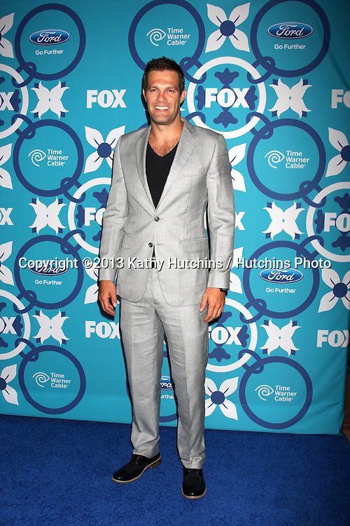 LOS ANGELES - SEP 9:  Geoff Stults at the FOX Fall Eco-Casino Party at The Bungalow on September 9, 2013 in Santa Monica, CA