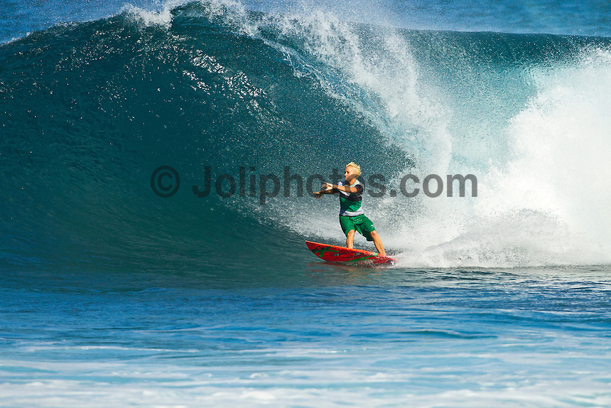 Haleiwa Hawaii,(Monday November 21, 2010) Keala Kennelly (HAW).  .Three to four foot west nor west swell with light variable winds were the conditions for today's sessions at Off The Wall and Backdoor..Photo: joliphotos.com