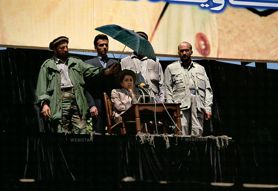 Afghanistan, Kabul, Kabul Stadium, September 9th 2002.<br /><br />1st commemoration of Massoud's death, Achmad Massoud (his son) opens the ceremony with a speech. <br /><br /><br />Afghanistan, Kaboul, Stade de Kaboul, 9 septembre 2002.<br /><br />Premiere commemoration de la mort du commandant Massoud, Achmad Massoud (son fils) ouvre la ceremonie avec un discours.