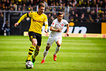 11.05.2019, Signal Iduna Park, Dortmund, GER, 1.FBL, Borussia Dortmund vs Fortuna D&uuml;sseldorf, DFL REGULATIONS PROHIBIT ANY USE OF PHOTOGRAPHS AS IMAGE SEQUENCES AND/OR QUASI-VIDEO<br /> <br /> im Bild | picture shows:<br /> Lukasz Piszczek (Borussia Dortmund #26) setzt sich durch, <br /> <br /> Foto &copy; nordphoto / Rauch