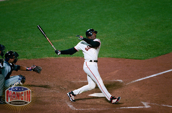 SAN FRANCISCO -  Barry Bonds of the San Francisco Giants bats against the New York Mets during Game 2 of the NLDS at AT&T Park in 2000 in San Francisco, California. (Photo by Brad Mangin)