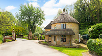 Pretty Grade II listed thatched lodge that is the perfect rural escape is on the market for £650,000