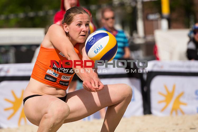 08.05.2015, Muenster, Schlossplatz<br /> smart beach tour, Supercup M&uuml;nster / Muenster, Qualifikation<br /> <br /> Annahme Anne Matthes <br /> <br />   Foto &copy; nordphoto / Kurth