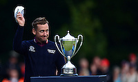 Ian Poulter salutes the crowd during Round 4 of the 2015 British Masters at the Marquess Course, Woburn, in Bedfordshire, England on 11/10/15.<br /> Picture: Richard Martin-Roberts | Golffile