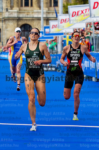 Lisa Norden (left SWE), Emma Moffatt (center AUS) and Nicola Spring (right SUI) are crossing the finish line of the ITU women's elite triathlon world championships series final in Budapest, Hungary, Sunday, 12. September 2010. ATTILA VOLGYI