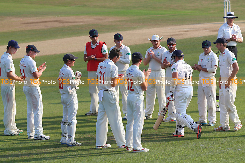 Glamorgan players form a guard of honour for Graham Napier as he walks out for his last innings at Chelmsford during Essex CCC vs Glamorgan CCC, Specsavers County Championship Division 2 Cricket at the Essex County Ground on 15th September 2016