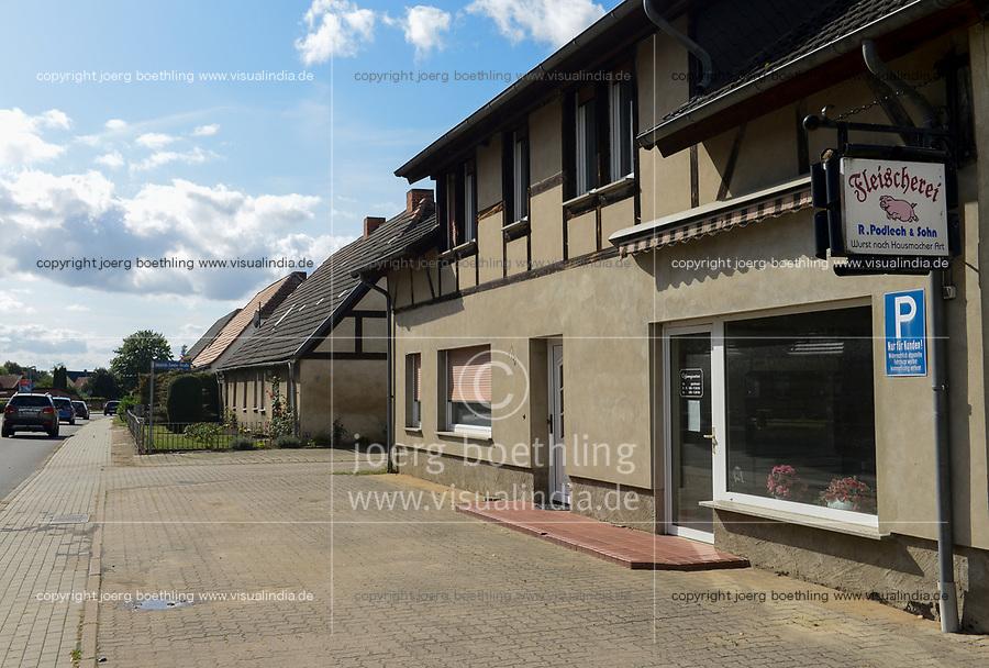 GERMANY, butcher  in village / DEUTSCHLAND, Mecklenburg-Vorpommern, Dorf Broock, Landschlachterei