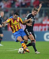 FUSSBALL   CHAMPIONS LEAGUE   SAISON 2012/2013   GRUPPENPHASE   FC Bayern Muenchen - FC Valencia                            19.09.2012 Adil Rami (li, Valencia CF) gegen Toni Kroos (FC Bayern Muenchen)