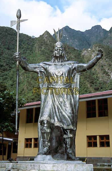 Monumento al Gran Pachacutec, Peruvian Inca leader, Fuente Inca, main Plaza, Aguas Calientes, Machu Picchu, Peru