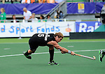The Hague, Netherlands, June 08: Andy Hayward #5 of New Zealand tries to score a penalty corner during the field hockey group match (Men - Group B) between the Black Sticks of New Zealand and Germany on June 8, 2014 during the World Cup 2014 at Kyocera Stadium in The Hague, Netherlands.  Final score 3-5 (1-3) (Photo by Dirk Markgraf / www.265-images.com) *** Local caption ***