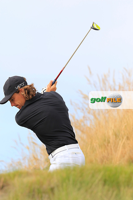 Tommy FLEETWOOD (ENG) tees off the 16th tee during Thursday's Round 1 of the 2015 U.S. Open 115th National Championship held at Chambers Bay, Seattle, Washington, USA. 6/19/2015.<br /> Picture: Golffile | Eoin Clarke<br /> <br /> <br /> <br /> <br /> All photo usage must carry mandatory copyright credit (&copy; Golffile | Eoin Clarke)
