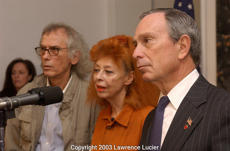 Christo Vladimirov Javacheff, Jeanne-Claude Denat de Guillebon and Mayor Michael Bloomberg