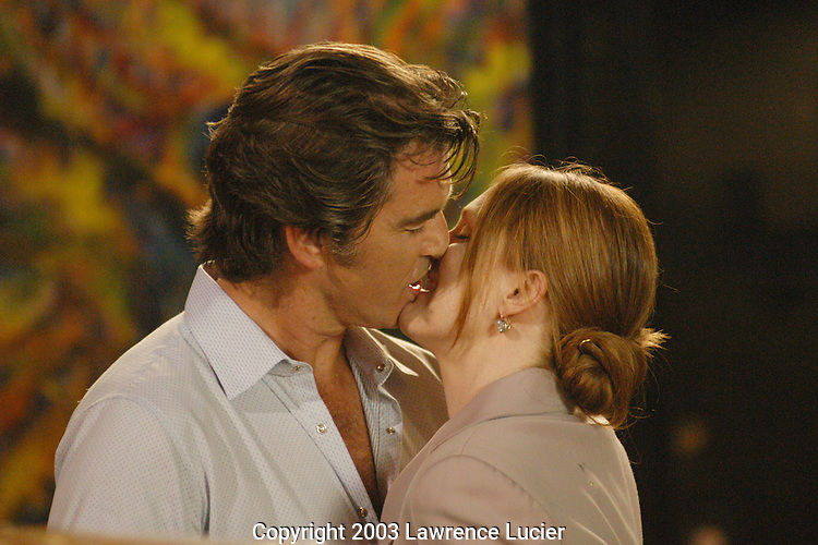Pierce Brosnan and Julianne Moore