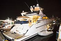 RIO DE JANEIRO, RJ, 06.04.2017 - FEIRA-RJ - 20ª edição do Rio Boat Show, maior salão náutico outdoor da América Latina na Marina da Glória, Rio de Janeiro, nesta terça-feira, 06. (Foto: Clever Felix/Brazil Photo Press)
