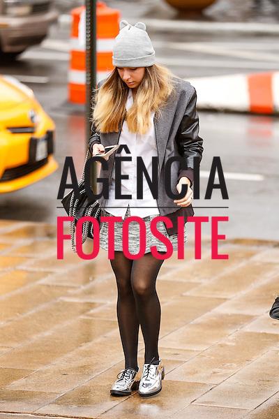 Street Style<br /> <br /> New York - Inverno 2016<br /> <br /> <br /> foto: FOTOSITE